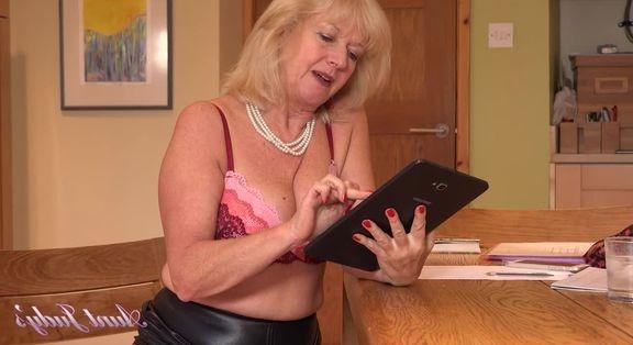 Kadınlar için çılgın porno partisi